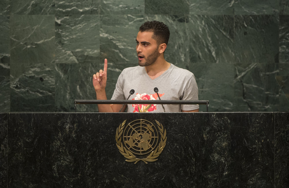 Mohammed Badran, of Syrian Volunteers in the Netherlands (SYVNL), addresses the opening segment of the United Nations high-level summit on large movements of refugees and migrants.